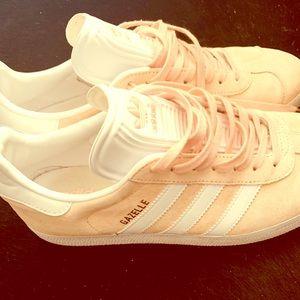 Adidas Gazelle size 10 running shoes